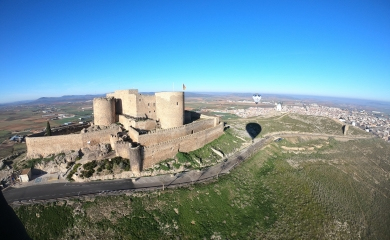 Sobrevolando Castillo